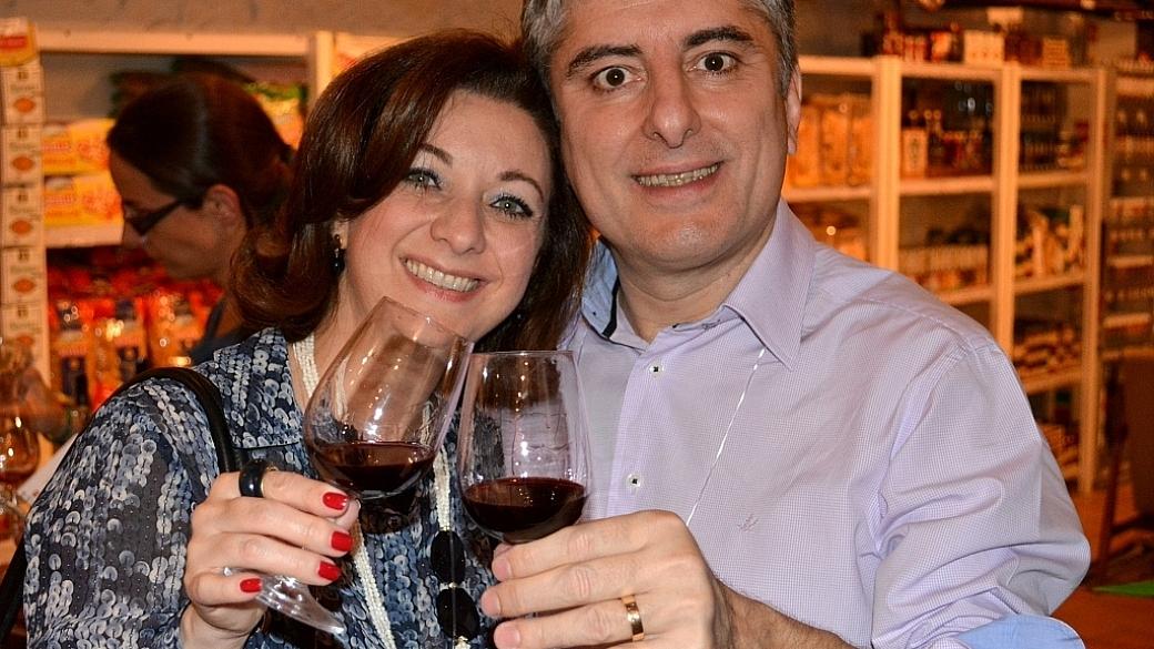 Renata e Emanuel na World Wine Experience 2013 - Viva o Vinho