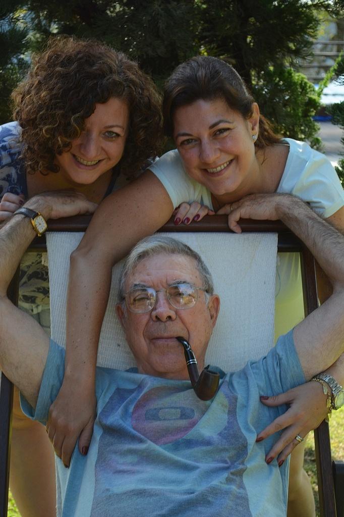 Eu, minha irmã e nosso pai