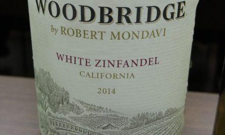 Woodbridge White Zinfandel 2014: Review