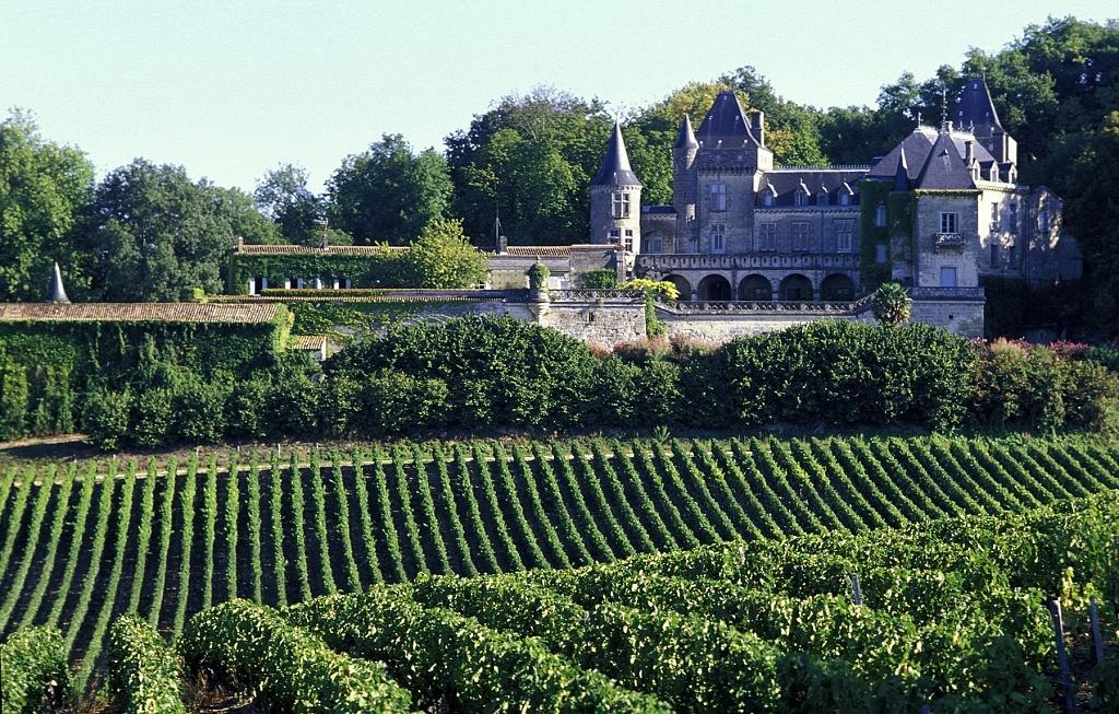 Châ‰teau La Riviere, Fronsac, Bordeaux