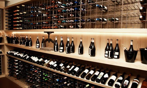 Tasca da Esquina promove jantar para lançamento de vinhos exclusivos
