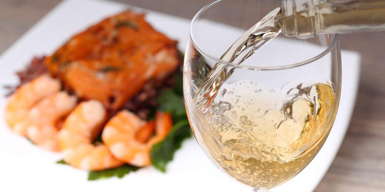 Que vinho beber com os pratos frescos de verão?
