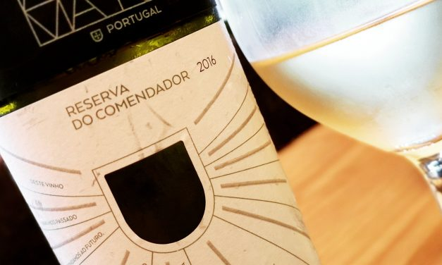 Adega Mayor Reserva do Comendador Branco 2016: Review