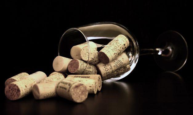 Você sabe o que é um vinho com rolha?